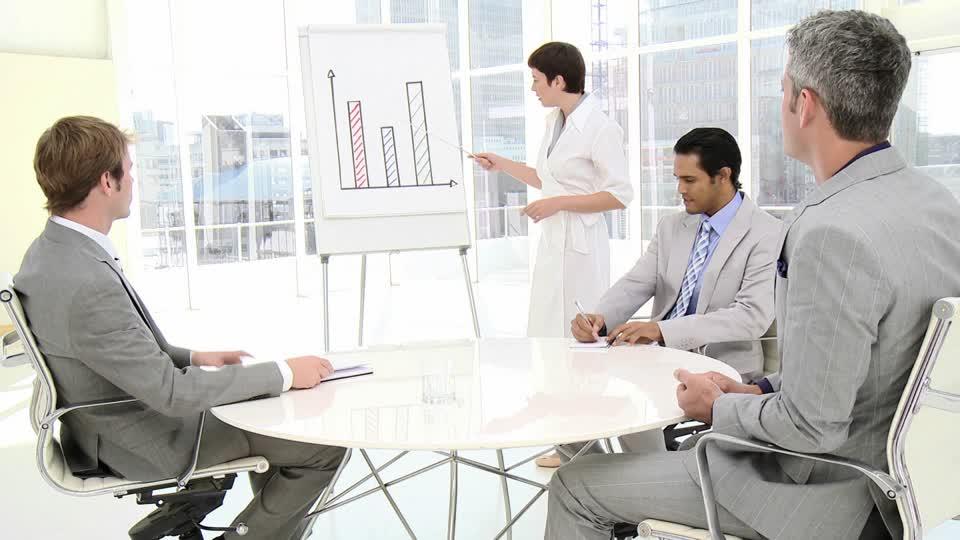 7.Mách bạn kỹ năng ''vàng'' sử dụng bảng flipchart trong thuyết trình 1